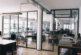 Bürotrennwände +  Bürostrukturen